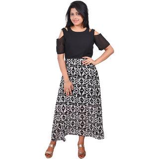 RIVI Fashionable Black and White Georgette Floral Print Women's Maxi Dress