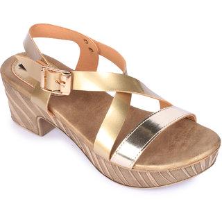 Funku Fashion Women's Gold heel