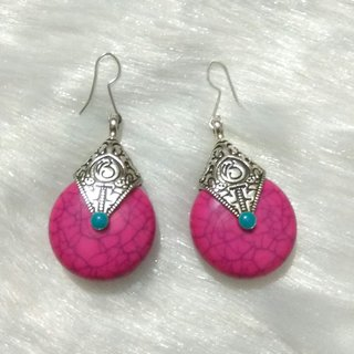 Exclusive pink earrings