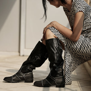 TEN Women's Black Boots