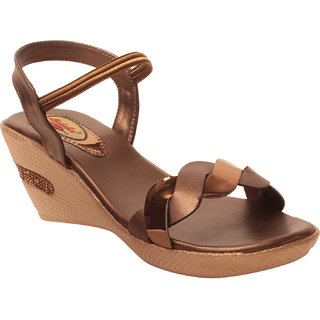 MSC Women Synthetic Copper Sandal
