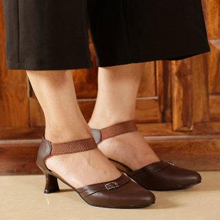 TEN Women's Brown Heels