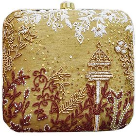 Nature Feel Embroidered Clutch