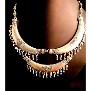 Sharya Elegant and classy Silver coloured necklace for Girls  Women