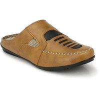 Layasa Men's Beige Velcro Sandals