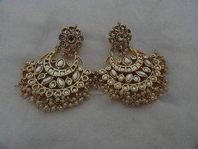 Arista Heavy Golden Kundan Earrings