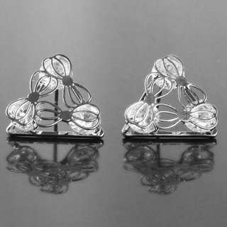 Commercant Silver Plated Silver Studs For Women