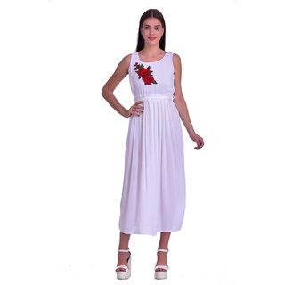 Westrobe Women White Plain Rose Patch Long Dress