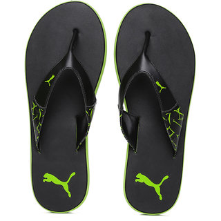678fb9dc8251 Buy Puma Men winglet Black Green Flip Flops Online   ₹1499 from ...