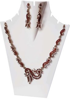 Aksh Trends Exclusive Stylish Multi Shead Necklace Set