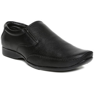 de8344593 Buy Paragon Men S Black Slip On Formal Shoes Online   ₹875 from ...