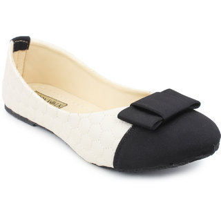 Skywalk Women's Black Bellies