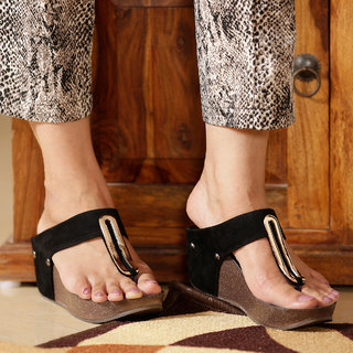 Funku Fashion Women Black Wedges