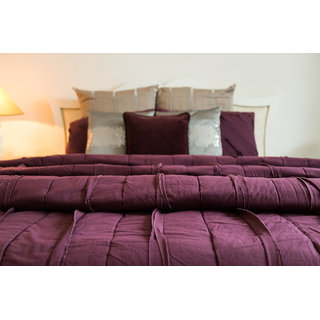 Ruffled-up Purple Bed Linen King Size