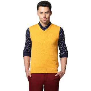 GOAT Men's Yellow Solid V-Neck Pullover