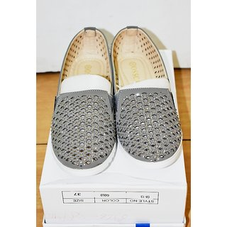Women's Fashionable Shoes Bellies for Women and Girls grey color (OSSCAR-C3-4)