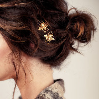 VeroniQ - Honey Bee Hair Clip in Gold Color - 2 Qty (Set Of 2 )
