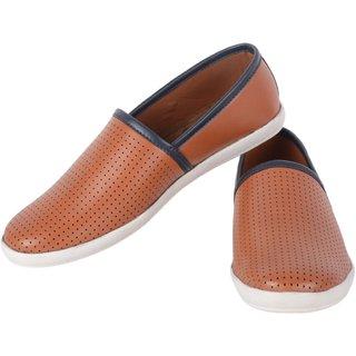 Aaiken Men's Brown Casual Loafers