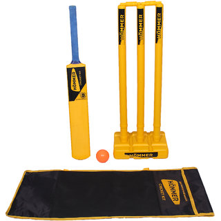 HOMMER High Quality Bat Stump Set with Bag. Cricket Kit