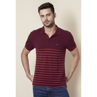 8e9053626 Buy Levi's Mens Cotton Red Tshirts Online @ ₹1799 from ShopClues