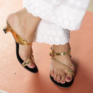 Altek Stylish Gold Patent Heel For Women (foot-1389-gold-p200)