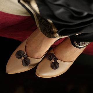 Meia Womens Beige Heels