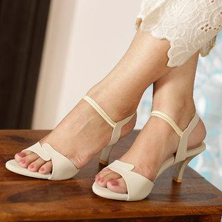 Vendoz Women's Cream Heels