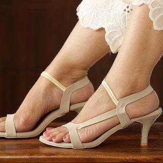 3bab0cd1fd8 Buy Vendoz Women s Cream Heels Online - Get 4% Off