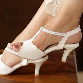 Vendoz Women's White Heels