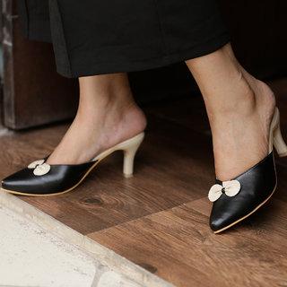 Meia Women Black Heels