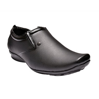 Prolific Men Black Formal Shoes