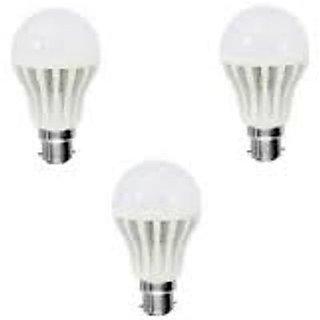 Homelights 7W Cool Day Light Led Bulb (White, Pack Of 3)