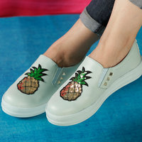 Trendy Look Pineapple Sneakers