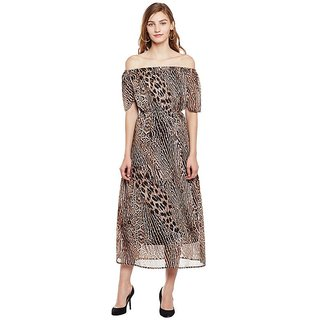 6258a6193f Buy Oxolloxo Animal Print Maxi Dress Online   ₹1599 from ShopClues
