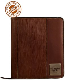 the brown book-MA-v2 Brown leather planner with zip around closure.