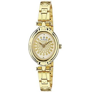 Titan Quartz Gold Oval Women Watch 2538YM01