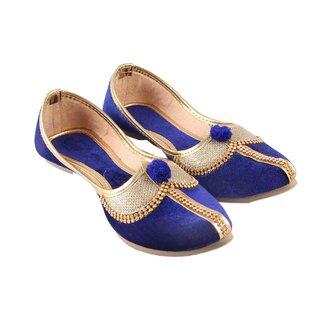 Vinayak Collection Women's Blue Mojaris