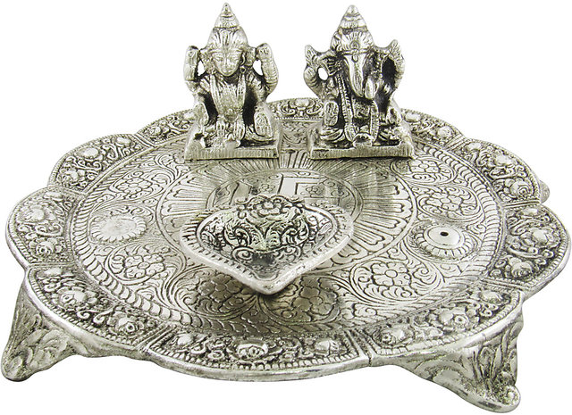 Buy Goldgiftideas Oxidized White Metal Pooja Thali With Laxmi