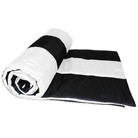 Black And White Straight Stripe Queen Quilt (150 X 225 Cms)