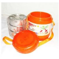 Hot Lunch Box With 3 Pcs. Stainless Steel Containers