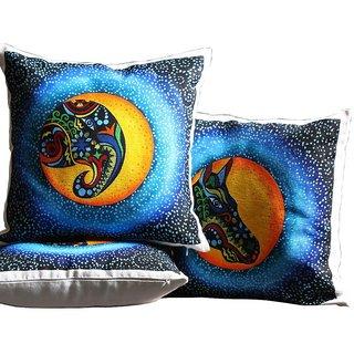 Rangrage - Animal Trio - Hand painted - White - Cotton Cushion Cover