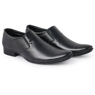 Bombayland Black Formal Shoes for Men