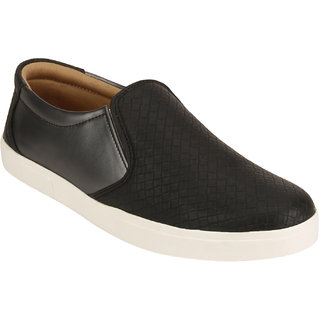 Quarks Mens Black Synthetic Slip On Casual Shoes