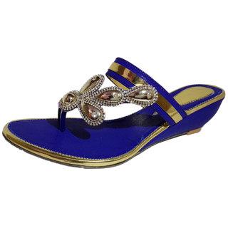 43a36ef6a40 Buy Cierto Estilo Women s Fashion sandals Blue Dutch (Matka) Heel ...