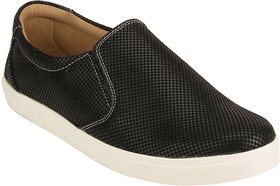 Quarks Men's Black Synthetic Slip On Casual Shoes
