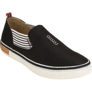 Quarks Men's Black Slip On Smart Canvas Casual Shoes