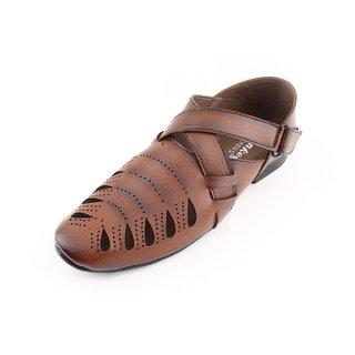 8db38a9427cc Buy Bunkeys Men s Tan Casual Sandals Online - Get 0% Off