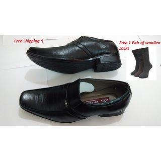 Mens Black Shoes With Free Woollen Socks-01