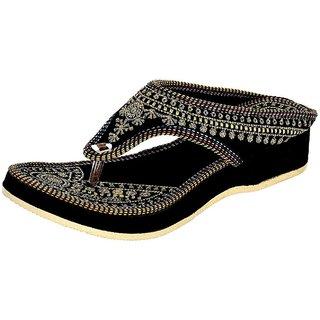 PM TRADERS Women's Black Velvet Flip Flops