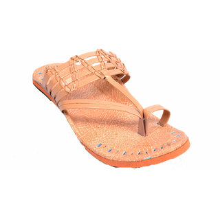 PM TRADERS Men's Cream PU Ethnic Sandal